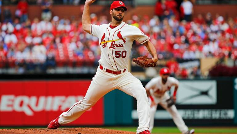 Adam Wainwright Hosts Clinic Kids
